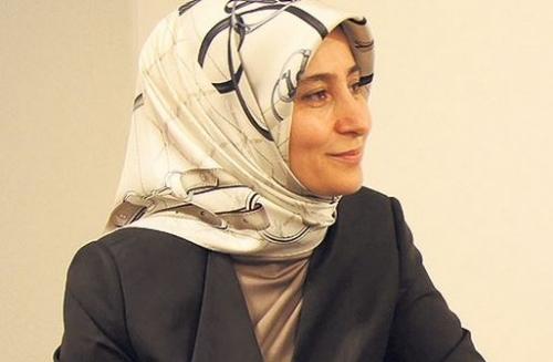 Gjinekologia nënë – Sare Davutoglu