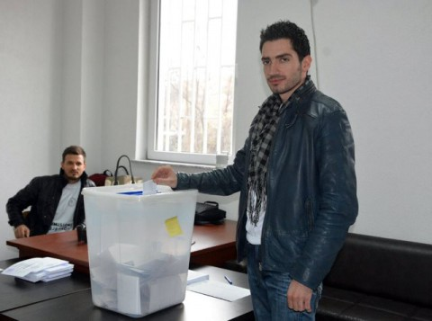 Adrian Bilalli kryetar i ri i Parlamentit Studentor të USHT-së