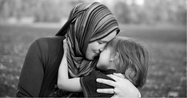 Urtësia e nënës në edukim!