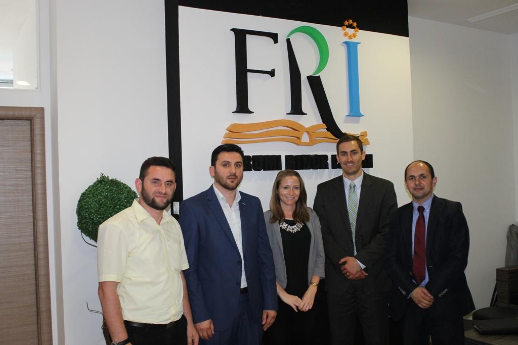 FRI vizitohet nga zyrtar të lartë nga Departamentit Shtetëror i SHBA-ve (3)