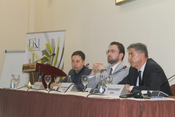 Panel diskutimi mbi sistemin kapitalist dhe alternativa islame, me Akademik Abdylmenaf Bexheti dhe Gadaf Rexhepin
