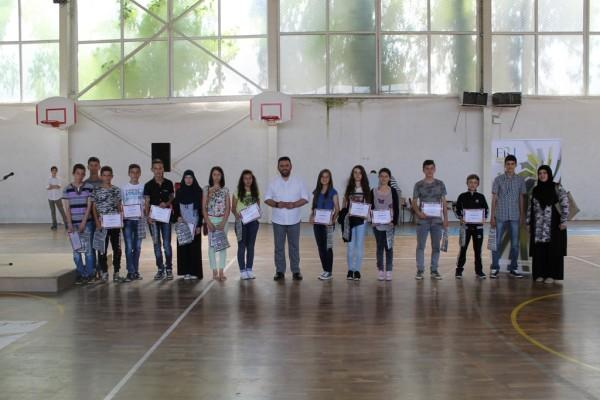 Shpërblehen semimaturantët më të mirë të rajonit të Dervenit