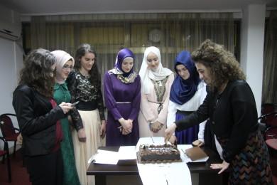 Forumi Rinor Islam festë me maturantet e Kumanovës