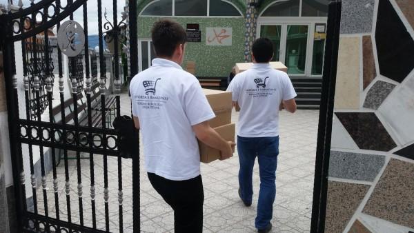 Në Tetovë vazhdon shpërndarja e shportave për familjet nevojtare