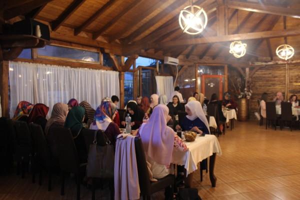 Departamenti i Femrës shtroi iftar në Shkup