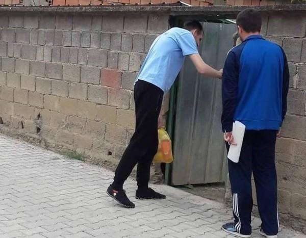 Vazhdon shpërndarja e shportave për familjet nevojtare të Kumanovës