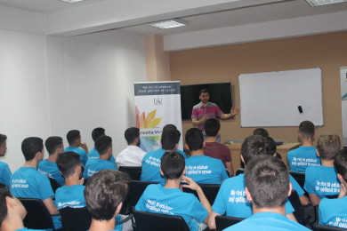"""""""Me rini të edukuar drejt qëllimit të synuar"""", shkolla verore e realizuar nga FRI – Shkup"""