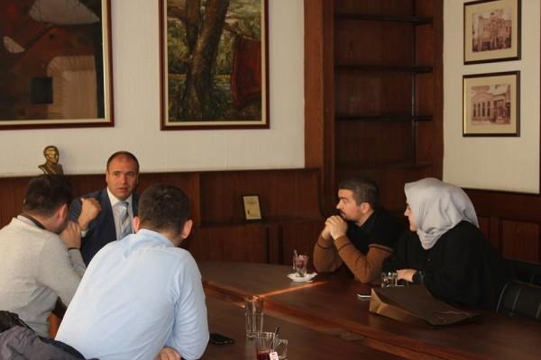Kryetari i komunës së Kumanovës, Maksim Dimitrievski, mirëpriti në takim anëtarët e FRI-së